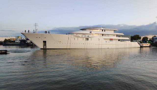 Feadship 1009 Charter Yacht