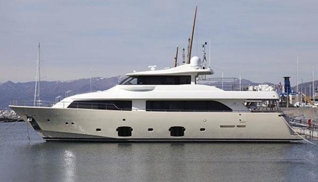 Ulyssia Charter Yacht