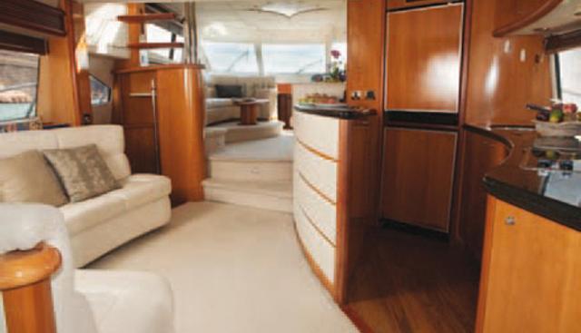 La Odisea Charter Yacht - 3