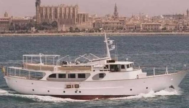 Vanilla Charter Yacht