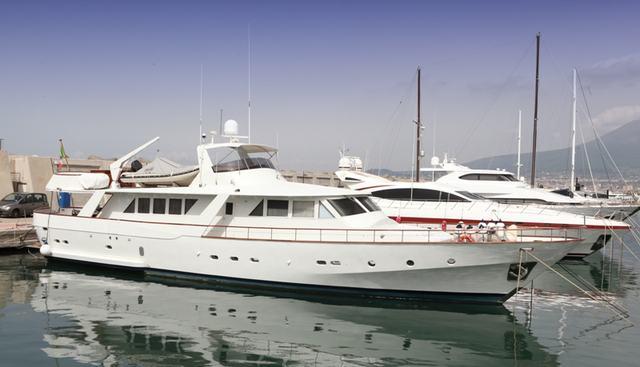 Hathor Charter Yacht