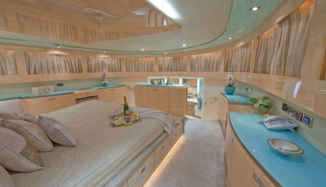 Diamond Girl Charter Yacht - 6