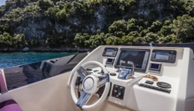 O-Life Charter Yacht - 3