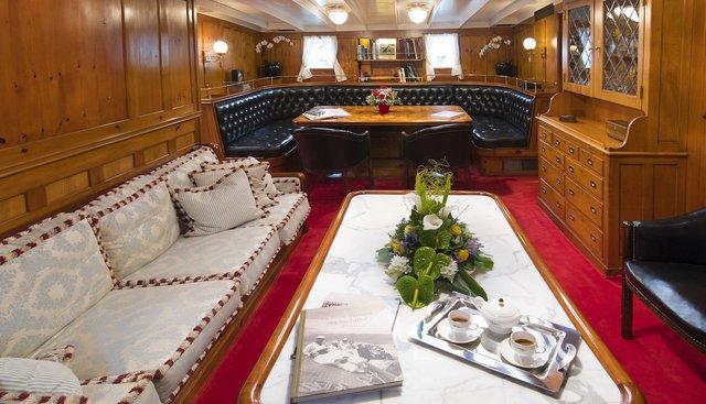 Puritan Charter Yacht - 8