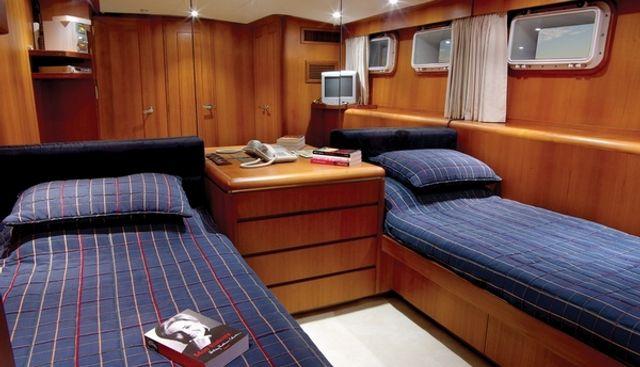 Ma Biche Charter Yacht - 8