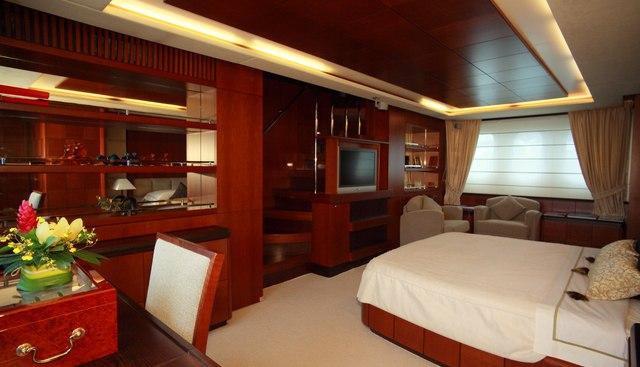 Hye Seas II Charter Yacht - 7
