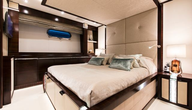 Silver Wind Charter Yacht - 8