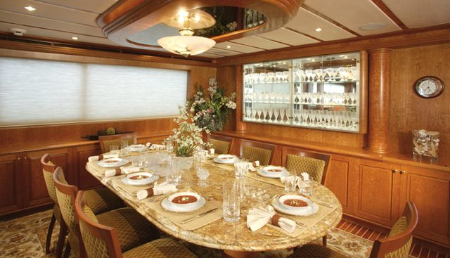 Maximus II Charter Yacht - 8