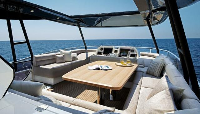Esmeralda of London Charter Yacht - 3