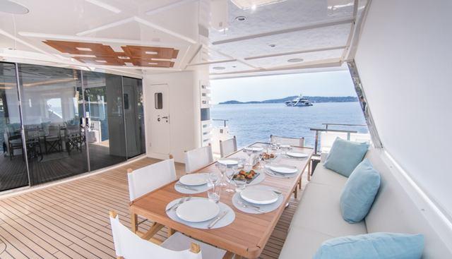 Isla Charter Yacht - 4