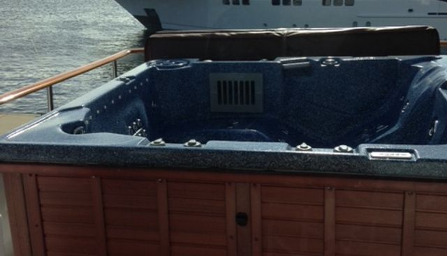 Ms B Haven Charter Yacht - 4