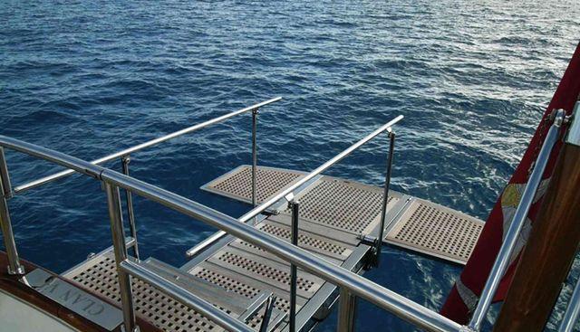 La Numero Uno Charter Yacht - 4