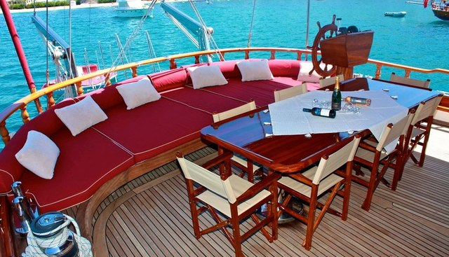 IL FRATELLO Charter Yacht - 4