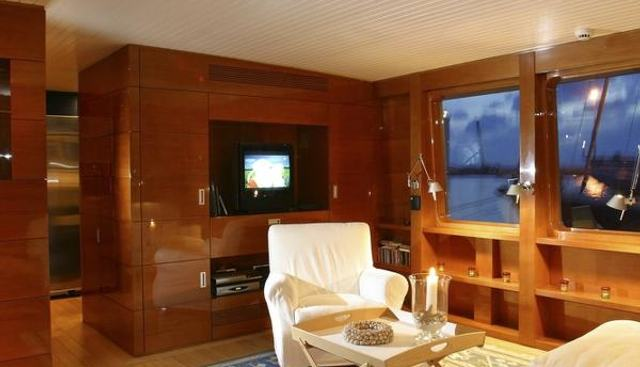 History Charter Yacht - 4