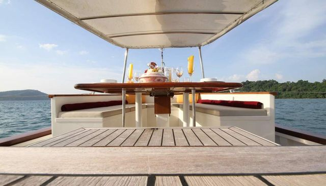Meta IV Charter Yacht - 6