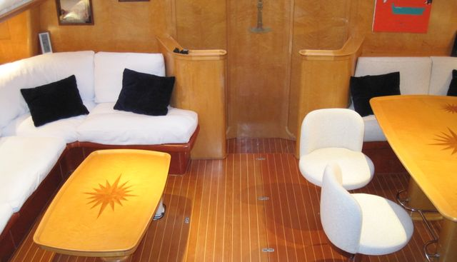 Almundarvi Charter Yacht - 4