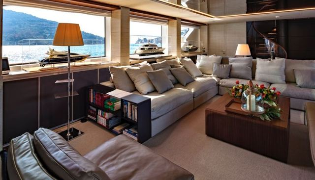 Anything Goes V Charter Yacht - 7