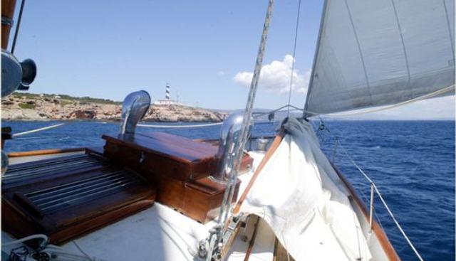Alondra Charter Yacht - 2
