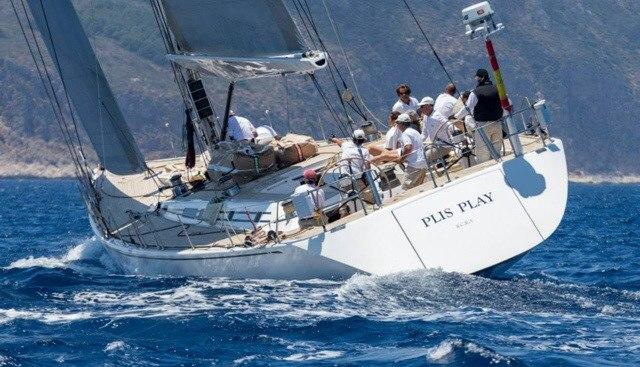 Plis Play Charter Yacht - 6