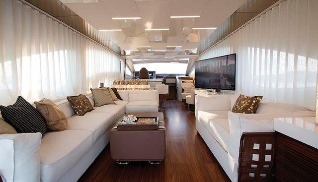 Lucila III Charter Yacht - 6