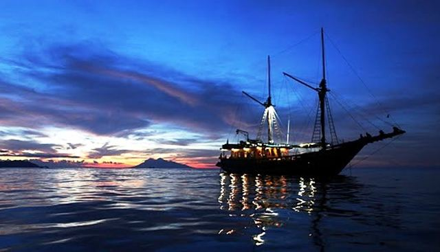 Tiger Blue Charter Yacht - 6