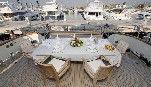 Falcon Island Charter Yacht - 3