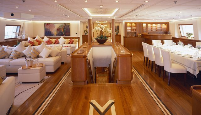 M5 Charter Yacht - 6