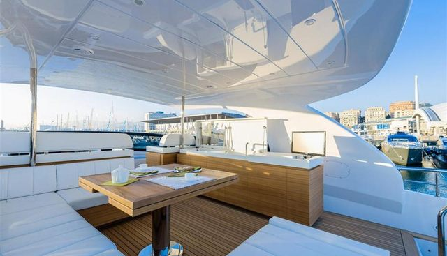Maiora 70 Charter Yacht - 8