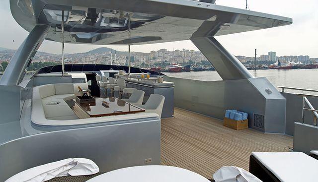 Funky Choice Charter Yacht - 4