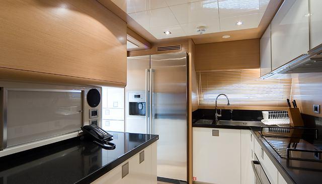 Aquaholic Charter Yacht - 8