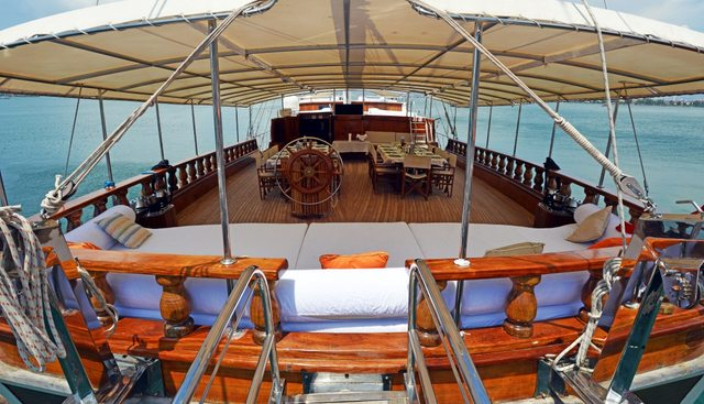 Holiday X Charter Yacht - 4