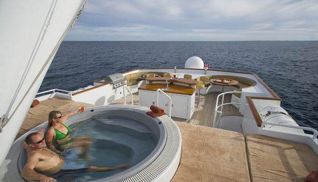 El Duende Charter Yacht - 3