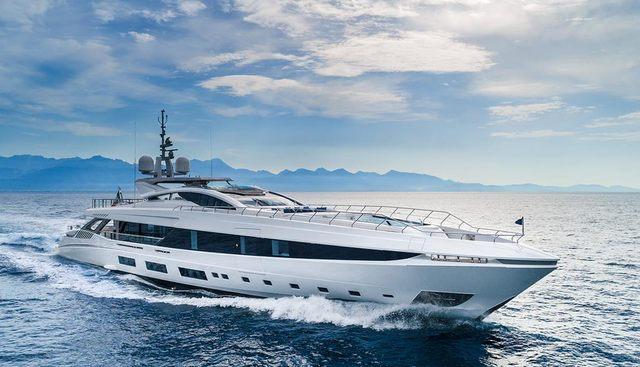 El Leon Charter Yacht