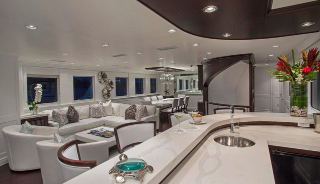 Friendly Confines Charter Yacht - 7