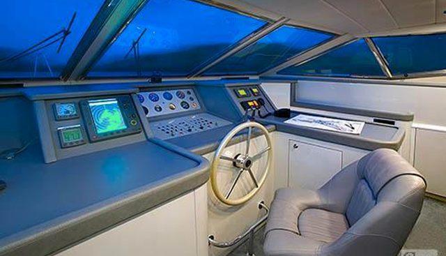 Runaway Charter Yacht - 7