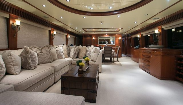 Beachfront Charter Yacht - 2