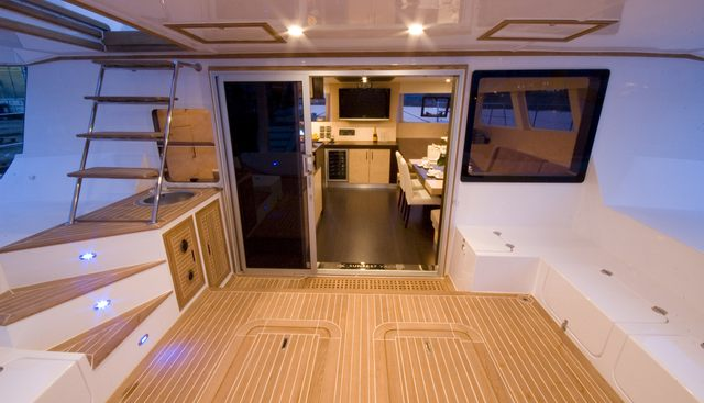 Depende IV Charter Yacht - 4
