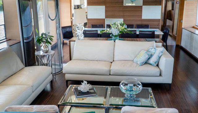 Cool Breeze Charter Yacht - 8