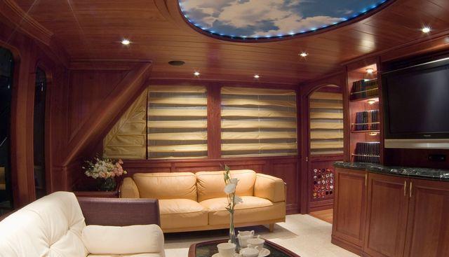 Chillin Charter Yacht - 5