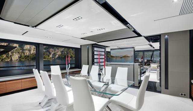 FX Charter Yacht - 6
