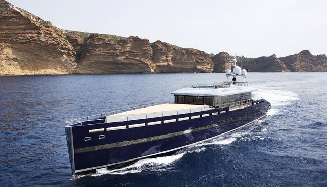 Blade Charter Yacht