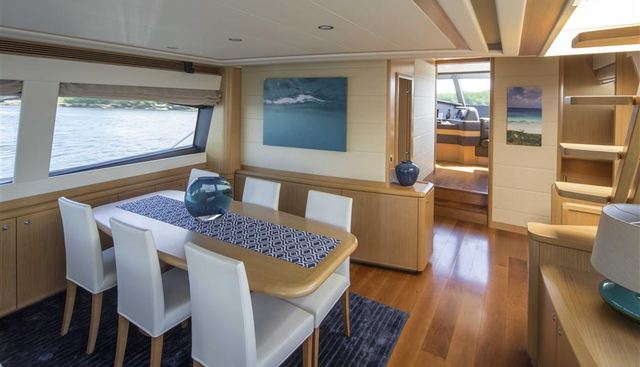 Crystal Parrot Charter Yacht - 7