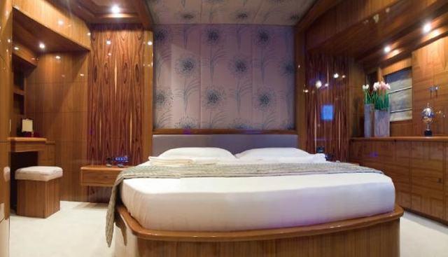 Sylver K Charter Yacht - 8