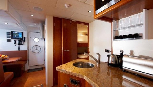 Maximus Star Charter Yacht - 8