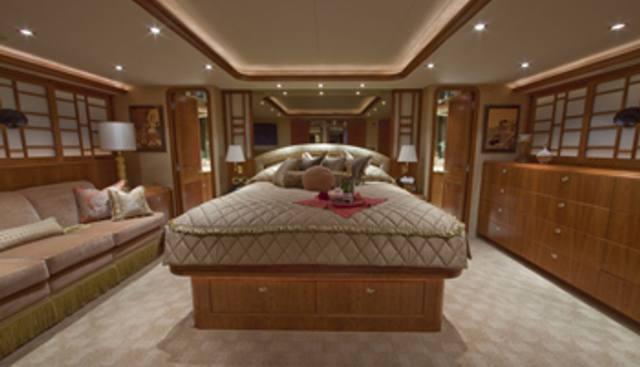 Alicia Charter Yacht - 8