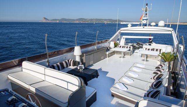 Paula III Charter Yacht - 4