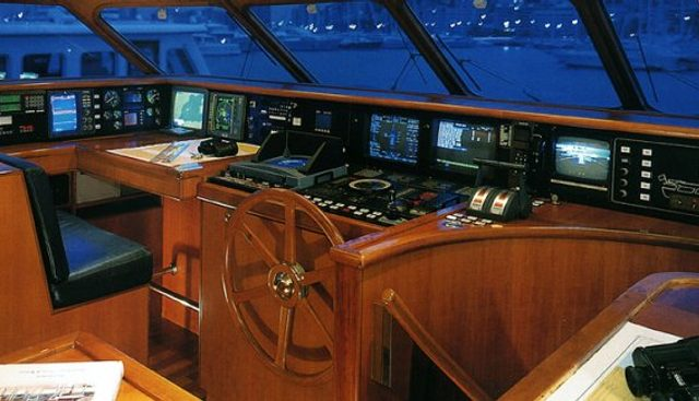 Mayflower J Charter Yacht - 3