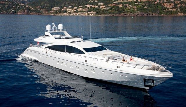 AAA Charter Yacht