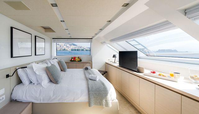 Les Bruxellois Charter Yacht - 6
