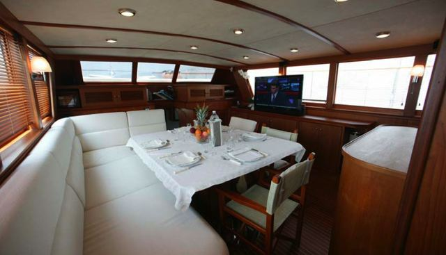 Caravelle Charter Yacht - 3